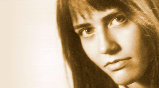 Portrait-EK2A.jpg