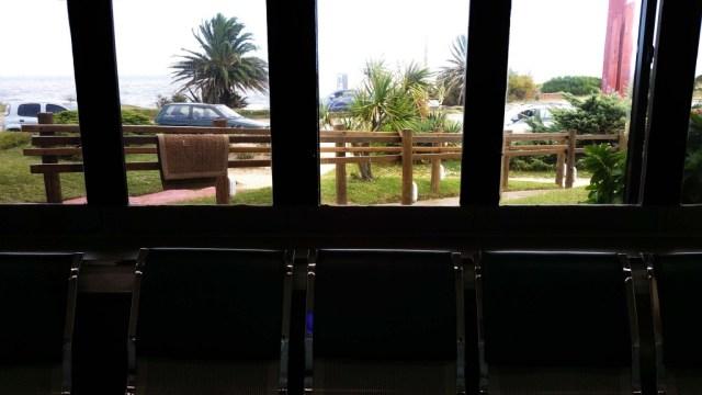 Aussicht von der Poliklinik Atlántida auf's Wasser