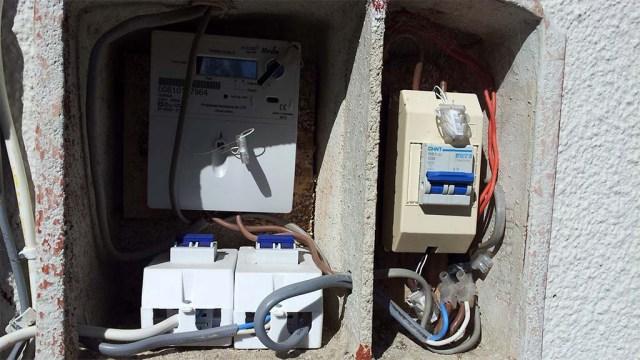 Stromzähler an unserem Haus