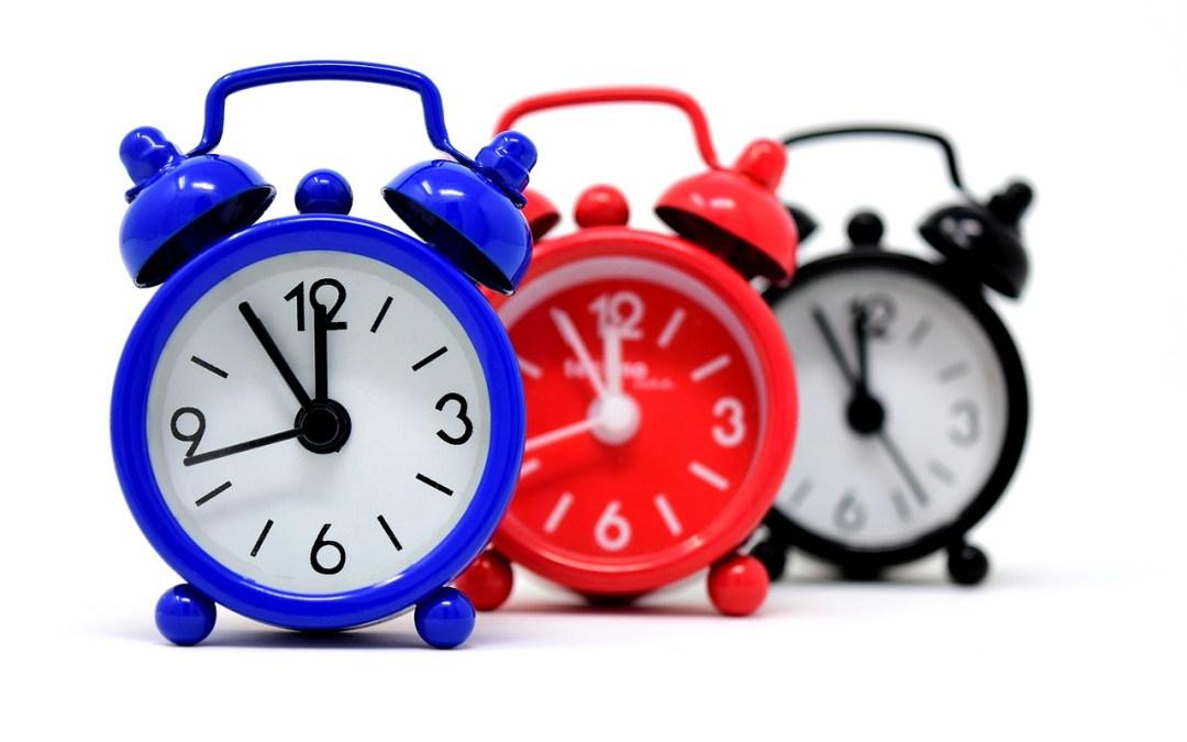 ¿Cuál es el plazo de prescripción de las faltas disciplinarias, en el caso del personal laboral al servicio de las Administraciones Públicas, el que fija el ET o el que marca el EBEP?