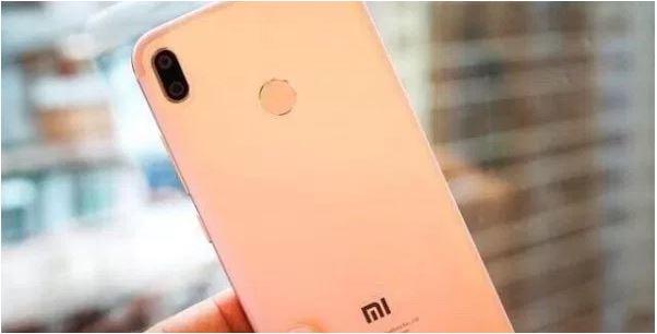 Le XiaomiMi 6Xest apparue dans un magasin en Chine
