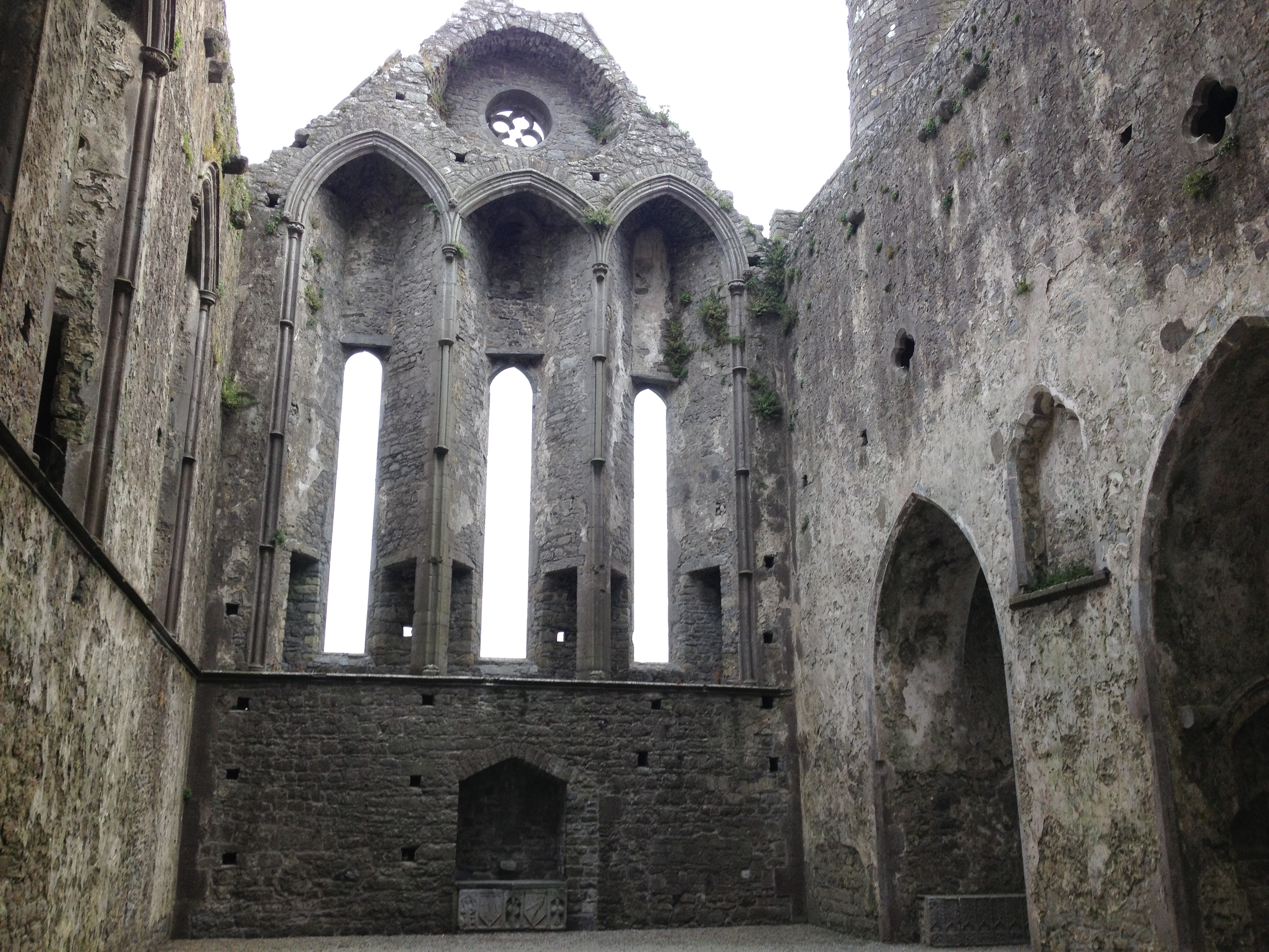 how to get to rock of cashel