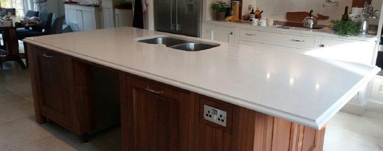 white quartz worktop