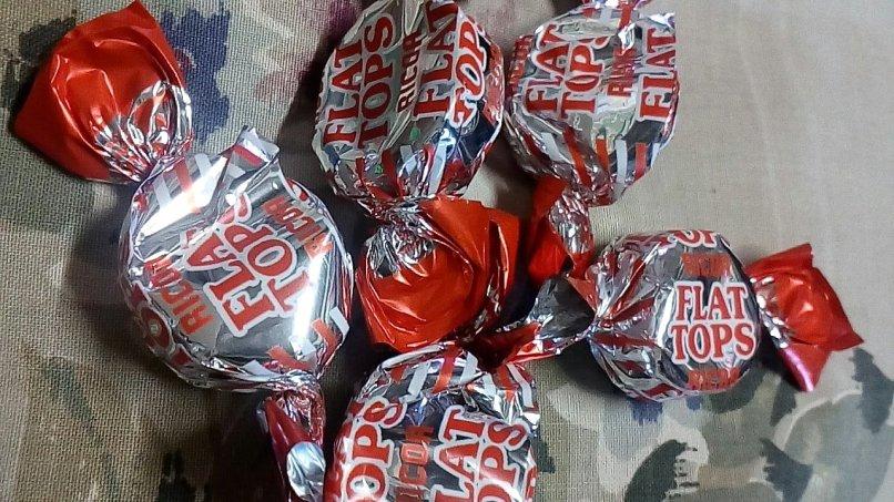Ricoa Chocolates: Flat Tops