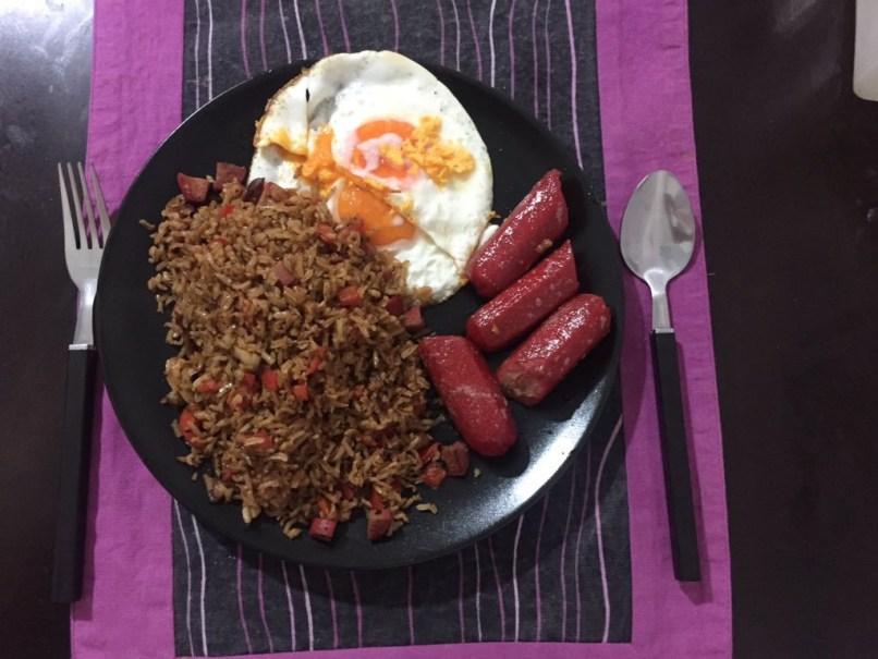 Hotsilog: Filipino breakfast