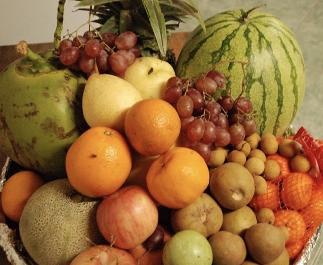 round fruits for new year