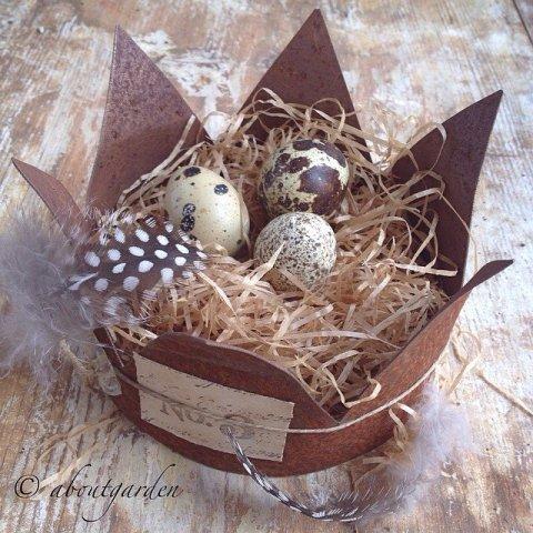 corona con uova