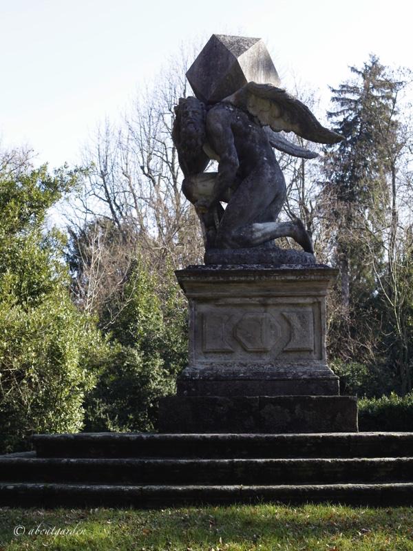 statua-di-cronos-villa-barbarigo