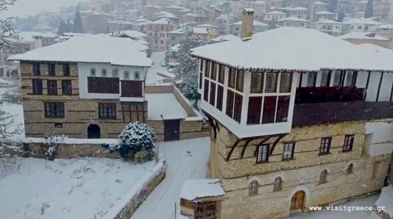 Πλάνα της χιονισμένης Καστοριάς στην καλύτερη τουριστική ταινία του κόσμου