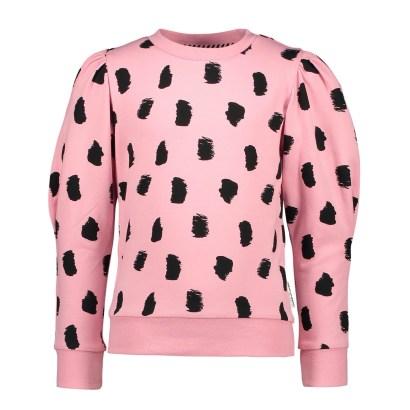B.Nosy Sweater