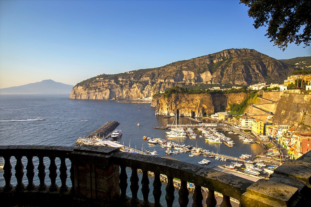 Piano di Sorrento Panorama - About Sorrento