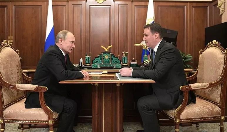 Патрушев и Путин обсуждают российские вина