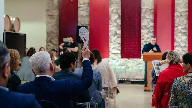 Благотворительный винный аукцион собрал более 8 млн рублей