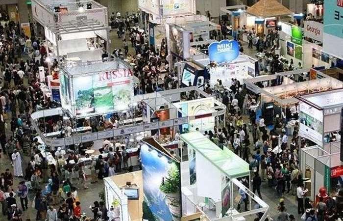 Китай: в Нинся открылась первая международная выставка виноделия