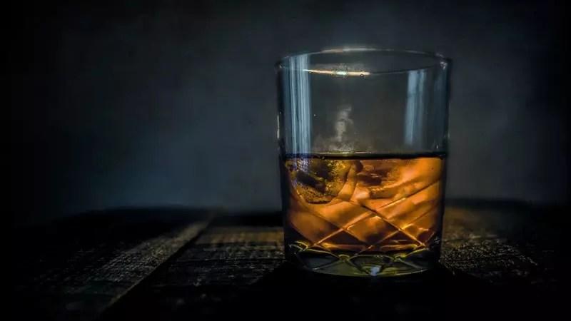 Ученые установили, что алкоголь нарушает восприятие эмоций