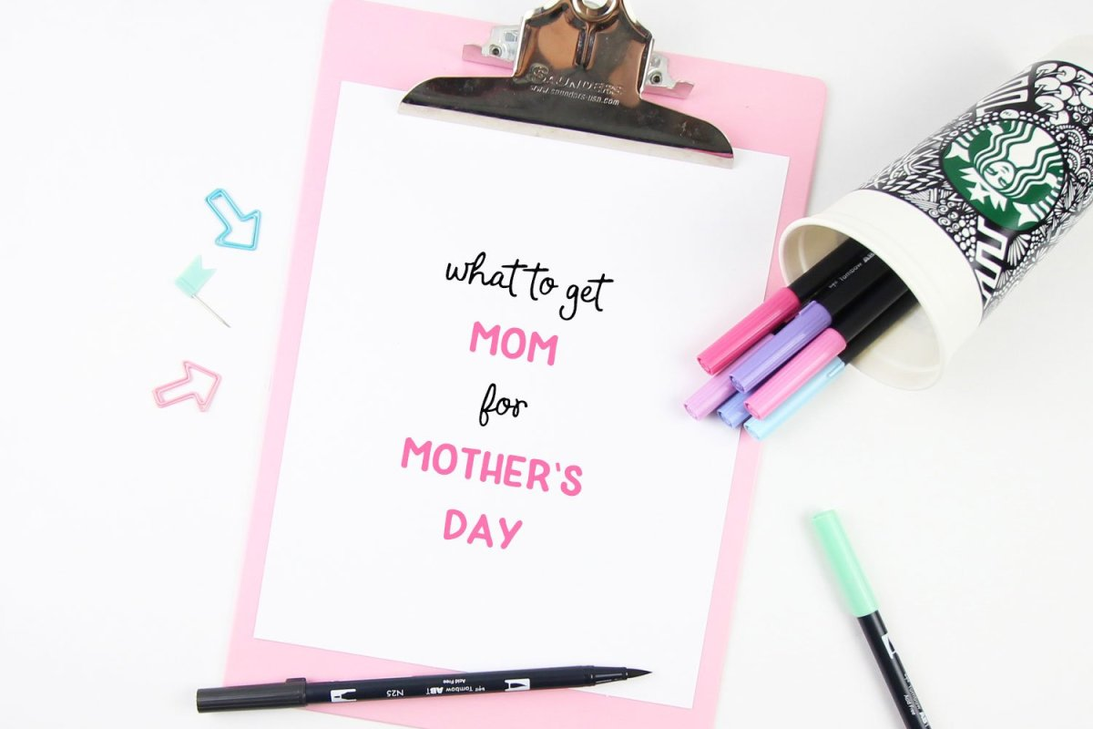 Mom's-Day-title