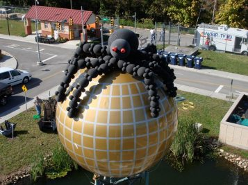 15' spider atop Sunsphere placed 2nd in National Decor Competition