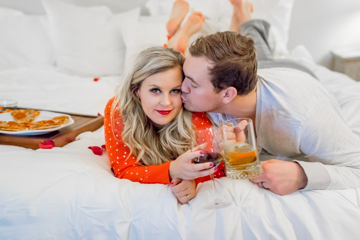 10 Steps to the Perfect Date Night at Home.