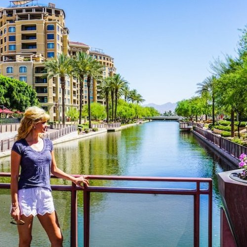 travel safety tips - hotel safety tips for solo female travellers