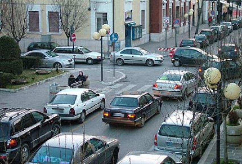 Risultati immagini per traffico ad avezzano foto