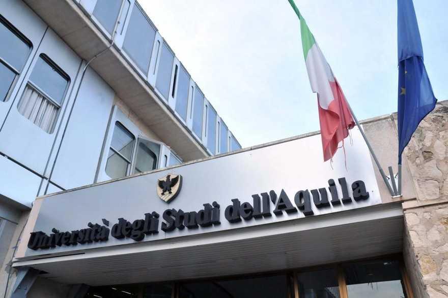 Risultati immagini per Università L'Aquila
