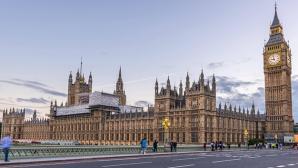 Britische Parlamentarier fordern strengere Datenschu<span data-recalc-dims=
