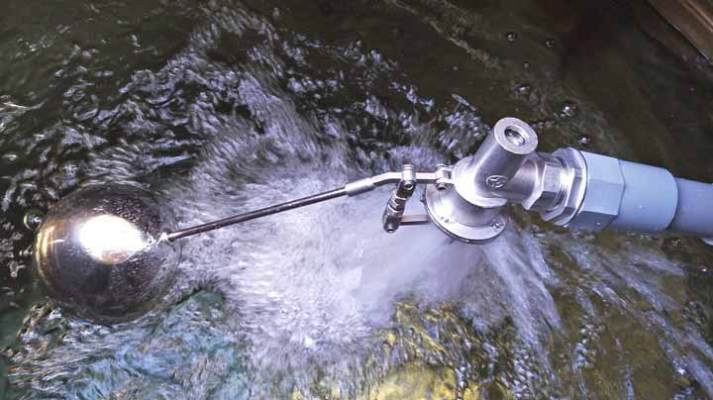 東星平衡式浮球止水閥-水塔不再滿出水