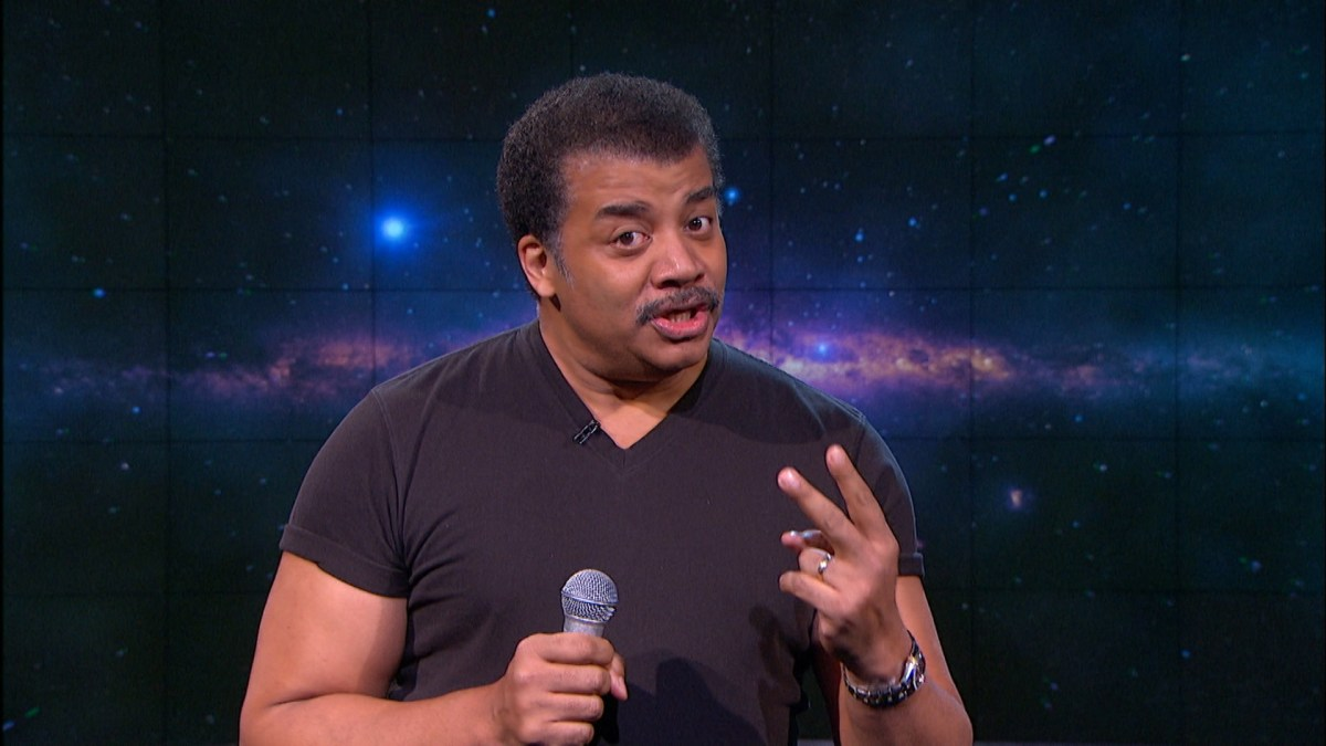 Neil deGrasse Tyson Called Out Flat-Earthers: Earth Is Not F***ing Flat!