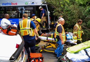 mcfrs-metrobus-accident-MCI-Extrication-Rescue (32)