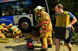 mcfrs-metrobus-accident-MCI-Extrication-Rescue (6)