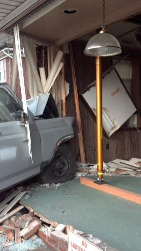 vehicle into building crashes-paratech (3)