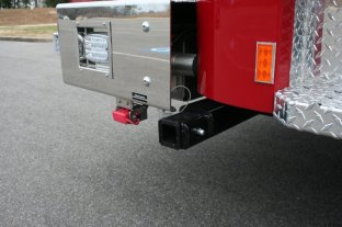 hollywood_vfd_squad_7-hitch-winch-front