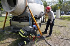 Miami-Dade Fire Rescue Big Rig Technician Training (12)