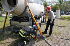 Miami-Dade Fire Rescue Big Rig Technician Training (6)