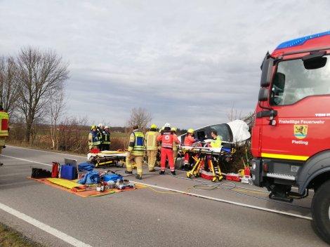 Freiwillige Feuerwehr Fridolfing Paratech (1)