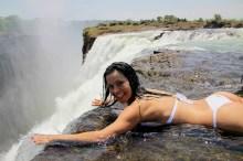 Devil pool - La piscina del diavolo alle cascate vittoria Zimbabwe3