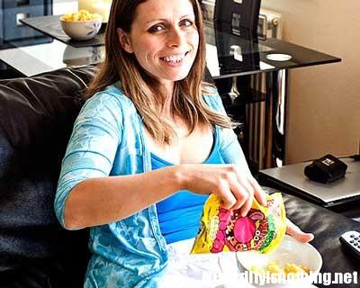 Debbie taylor - la donna che mangia solo patatine Monster Munch