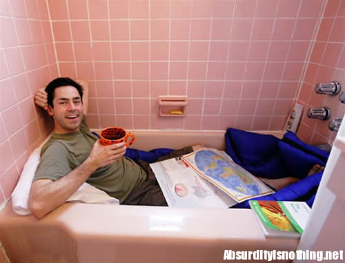 Mark - 5 giorni in bagno per non usare il computer