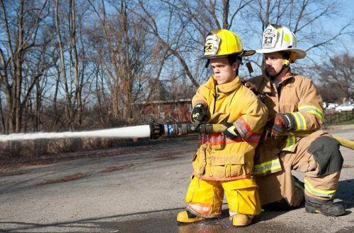 Vince Brasco, il pompiere più basso del mondo (1)