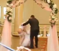 matrimonio sposa nuda
