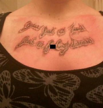 I peggiori tatuaggi di settembre ottobre 2012 (49)