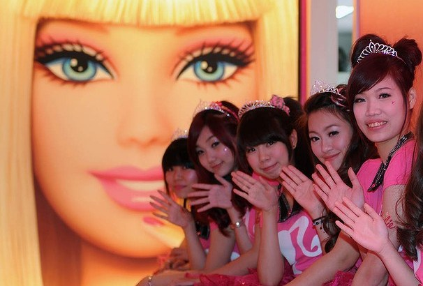 Apre in Taiwan il primo Barbie Cafe (7)