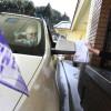 Corteo funebre si ferma da Burger King (2)
