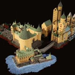 Costruisce il vero castello di Hogwarts con i LEGO