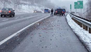 Caduta di mattoncini LEGO causa la chiusura di un'autostrada (1)