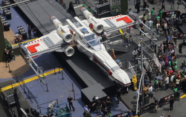 X-Wing Starfighter di Guerre Stellari LEGO (3)