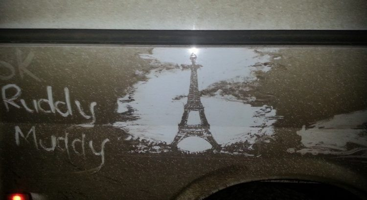 ruddy-muddy-art-tour-eiffel