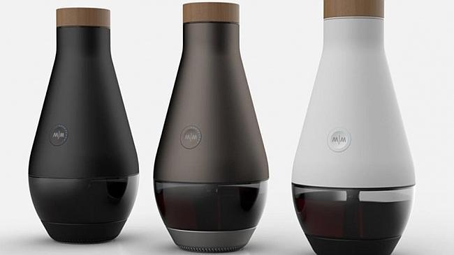 Miracle Machine, la bottiglia che trasforma l'acqua in vino (4)