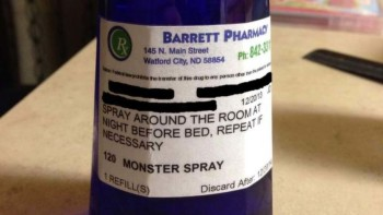 Paura del buio? Ecco il Monster Spray che scaccia i mostri (2)