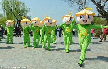 Cina, vengono commercializzate bottiglie di aria fresca e pulita (4)